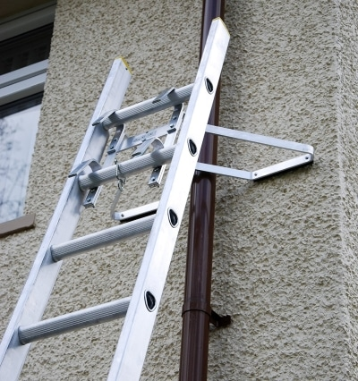 v shaped ladder downpipe standoff