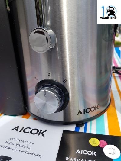 Aicok Juicer controls close up