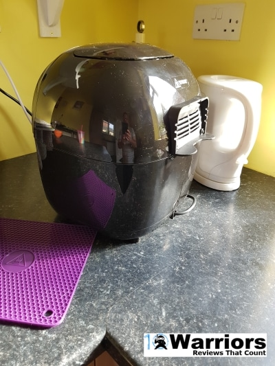Duronic AF 1 air fryer side view