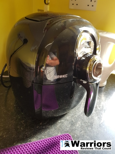 Duronic AF 1 air fryer front off centre view