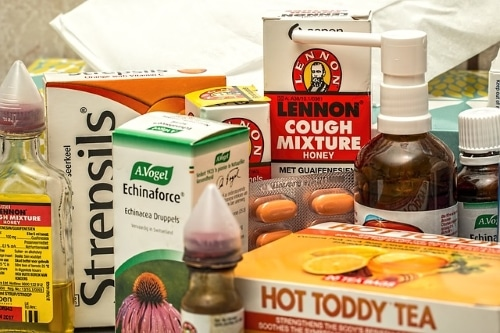 over the counter cold and flu medicines to help relieve the symptoms of a cold